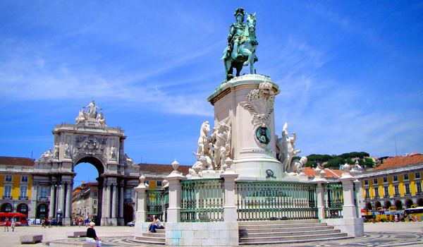 Lisbon King Jose statue Header